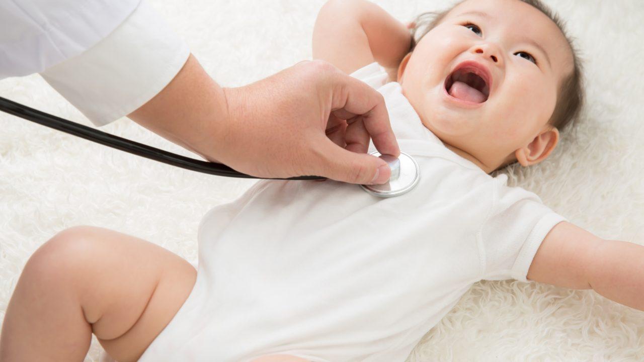 受診する赤ちゃん